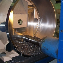 Milling Cylindrical Component