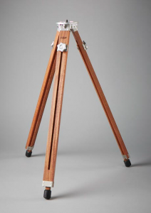 Gifyyy tripod photo booth entrepreneur startup manufacturing design engineering machining wood CNC