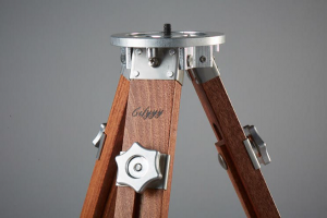 Gifyyy tripod photo booth entrepreneur startup manufacturing design engineering machining wood CNC metal